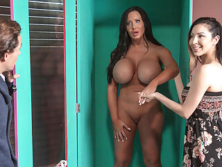 Huge Tit Sex Doll Played By Sybill Stallone Got Assfucked