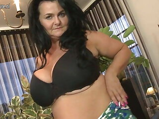Hot big MOM with big tits and hungry cunt