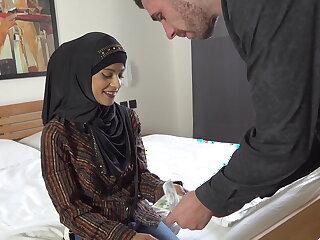 Muslim girl fucking