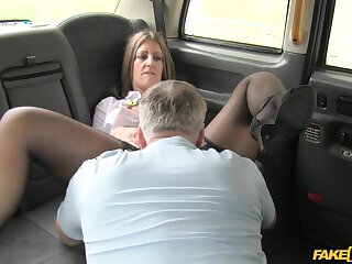 Pretty MILF Tasha Hoiz gets done good and long in her taxi