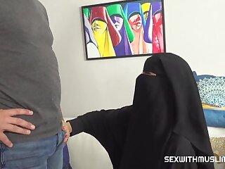 Hijabi's Stingy Boobies - Arab