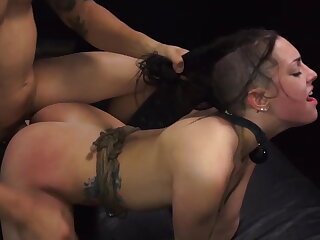 Girl earns a ride home with inexact sex