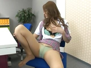 Solo secretary Risa Tsukino enjoys drilling their way pussy in the office