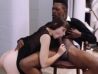 Luna rival enjoys anal respecting black stud