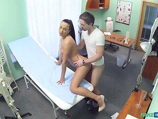 Nurse fucks the reality to get a sperm sample