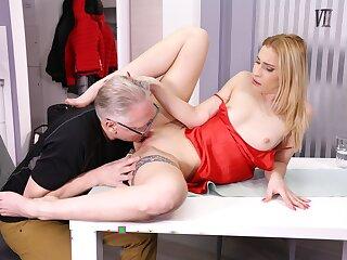 DADDY4K. Inglorious blondie convinces boyfriends old dad